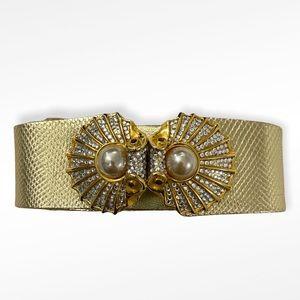 Judith Leiber Swarovski Crystal Pearl Shell Belt